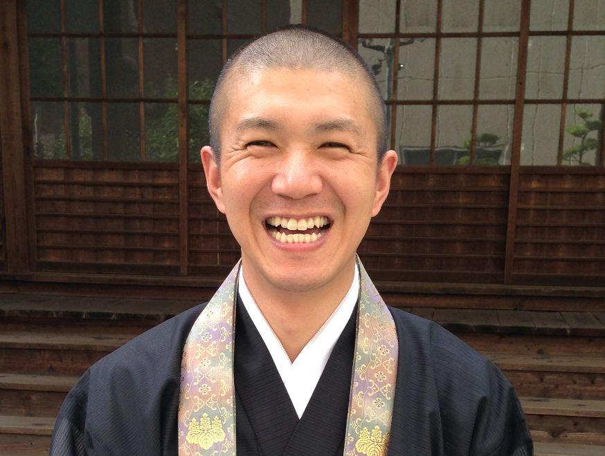 副住職 高山信雄(たかやましんゆう)
